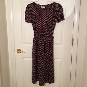 Vintage dress with bow detail